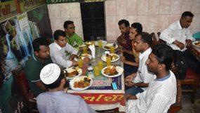 মাহফুজ উল্লাহ স্মরণে জাতীয়  জনতা ফোরামের  ইফতার বিতরণ