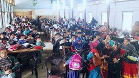 শিক্ষার্থীদের বরণ করে নিলো ভিক্টোরিয়া উচ্চ বিদ্যালয়
