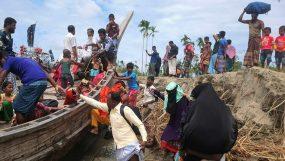 নিচু এলাকার বাসিন্দারা  আশ্রয়কেন্দ্রে