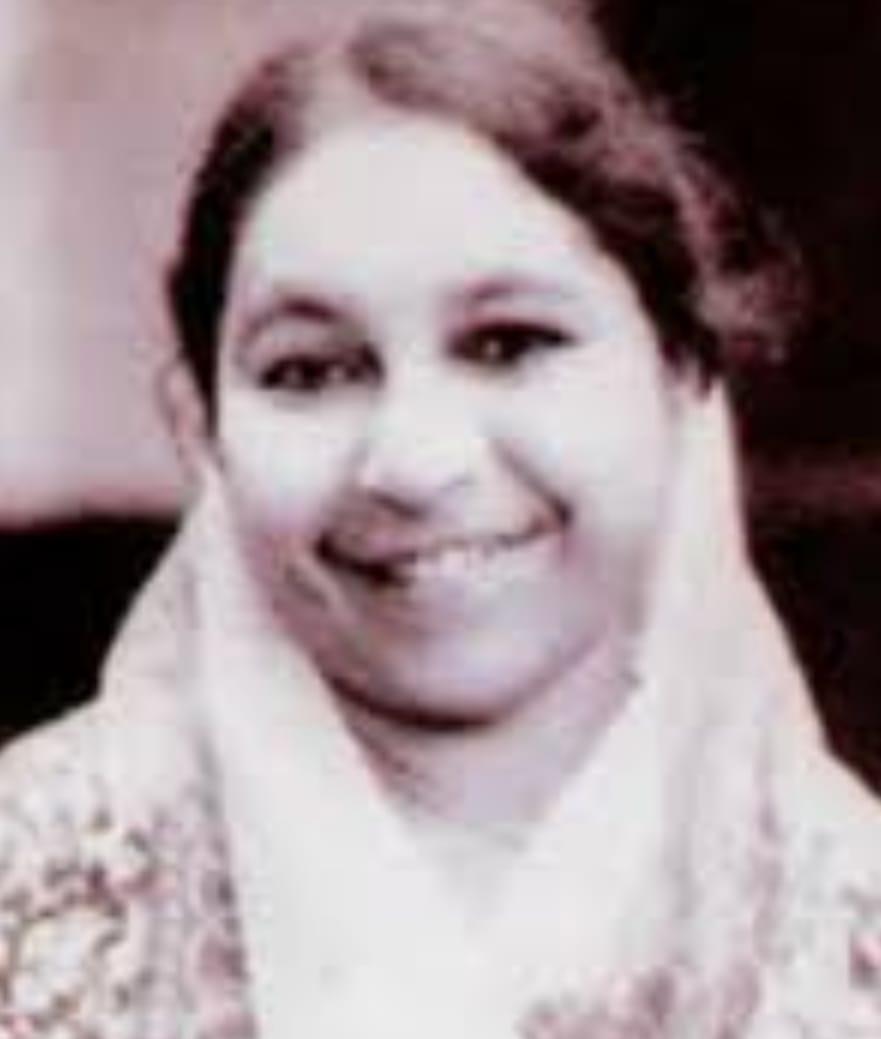 চলে গেলেন শিশুসাহিত্যিক হেলেনা খান