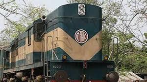 কুলাউড়ায় তেল বহনকারী ট্রেনের বগি লাইনচ্যুত