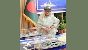 নৌবাহিনীর পাঁচটি আধুনিক জাহাজ কমিশনিং করলেন প্রধানমন্ত্রী