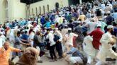 ভাস্কর্যবিরোধী  মুসল্লিদের  ছত্রভঙ্গ করে দিল পুলিশ