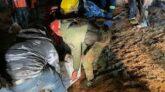 সিরিয়ায় বাসে হামলায় ৩৭ সৈন্য নিহতের দায় স্বীকার আইএসের