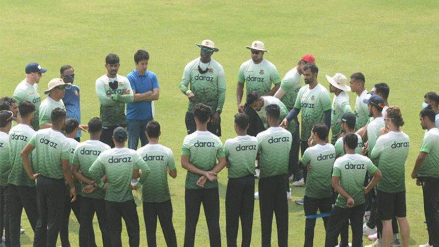 শ্রীলঙ্কার উদ্দেশে ঢাকা ছেড়েছে বাংলাদেশ জাতীয় ক্রিকেট দল